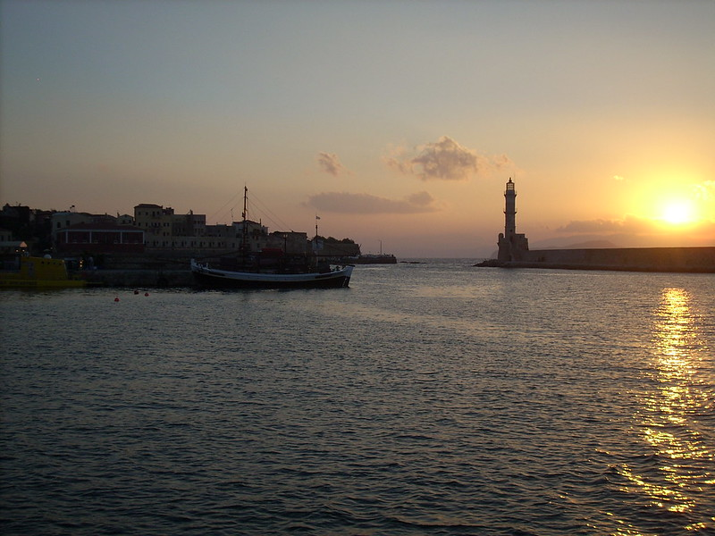 chania sunset boat trip